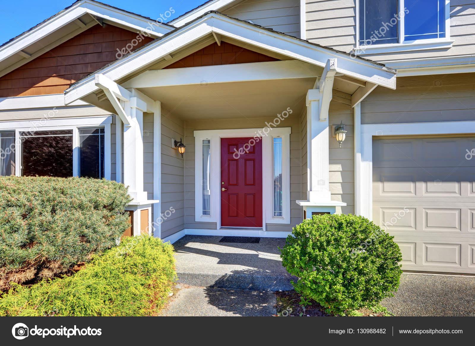 Iriana88w 130988482 for Piccola casa con avvolgente portico