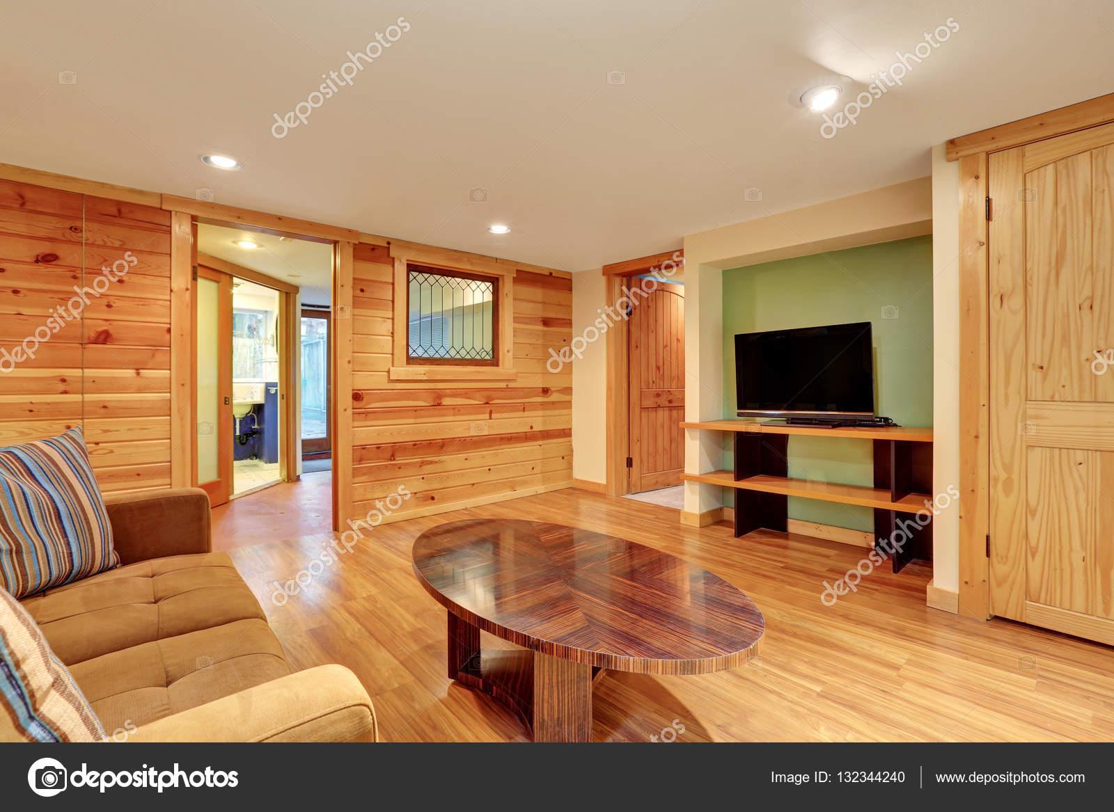 Wunderbar Familienzimmer Innenraum Mit Holz Getäfelten Wänden. Nordwesten, Usa U2014 Foto  Von Iriana88w
