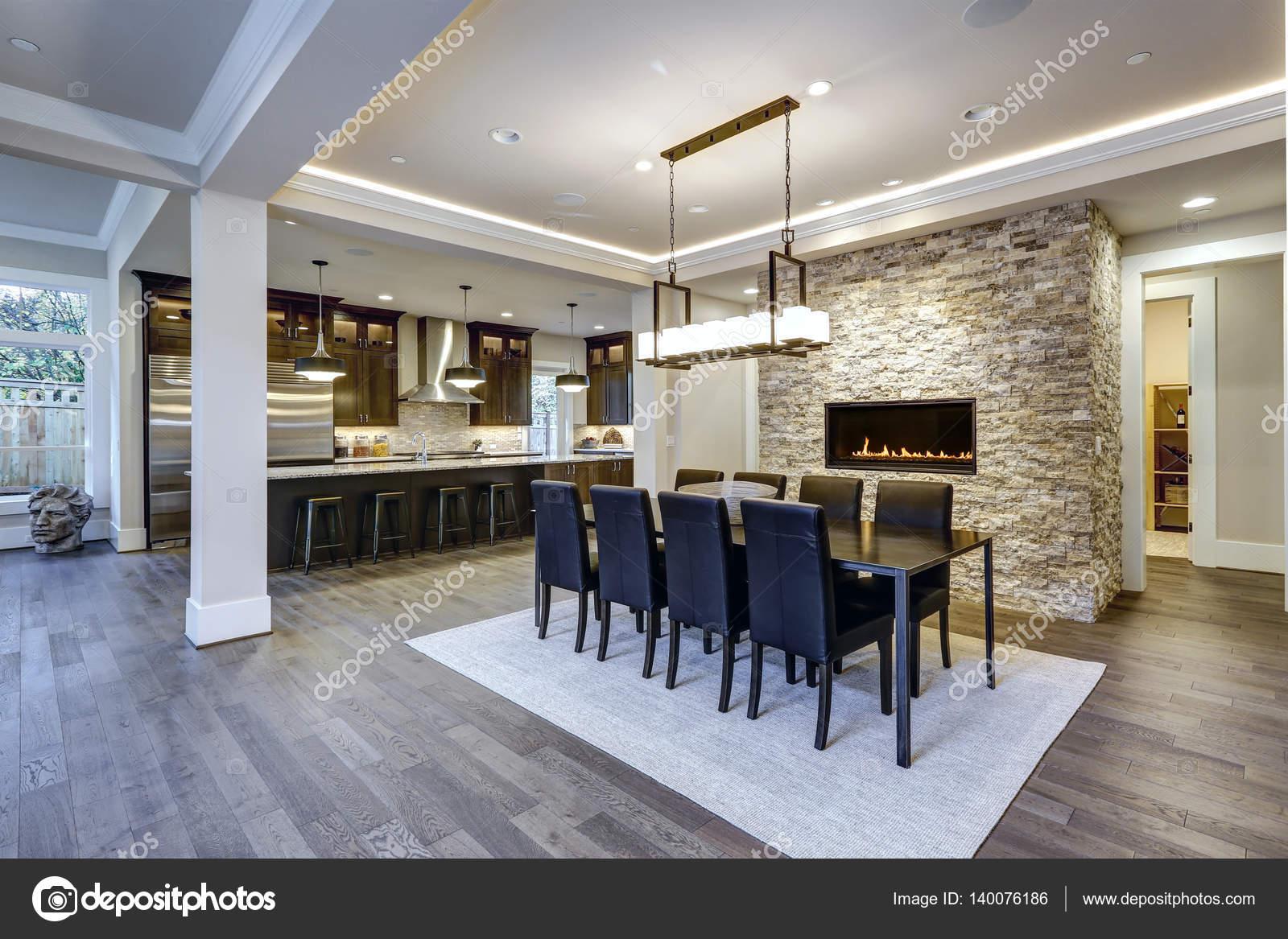 Plan de piso abierto moderno diseño de comedor — Foto de stock ...