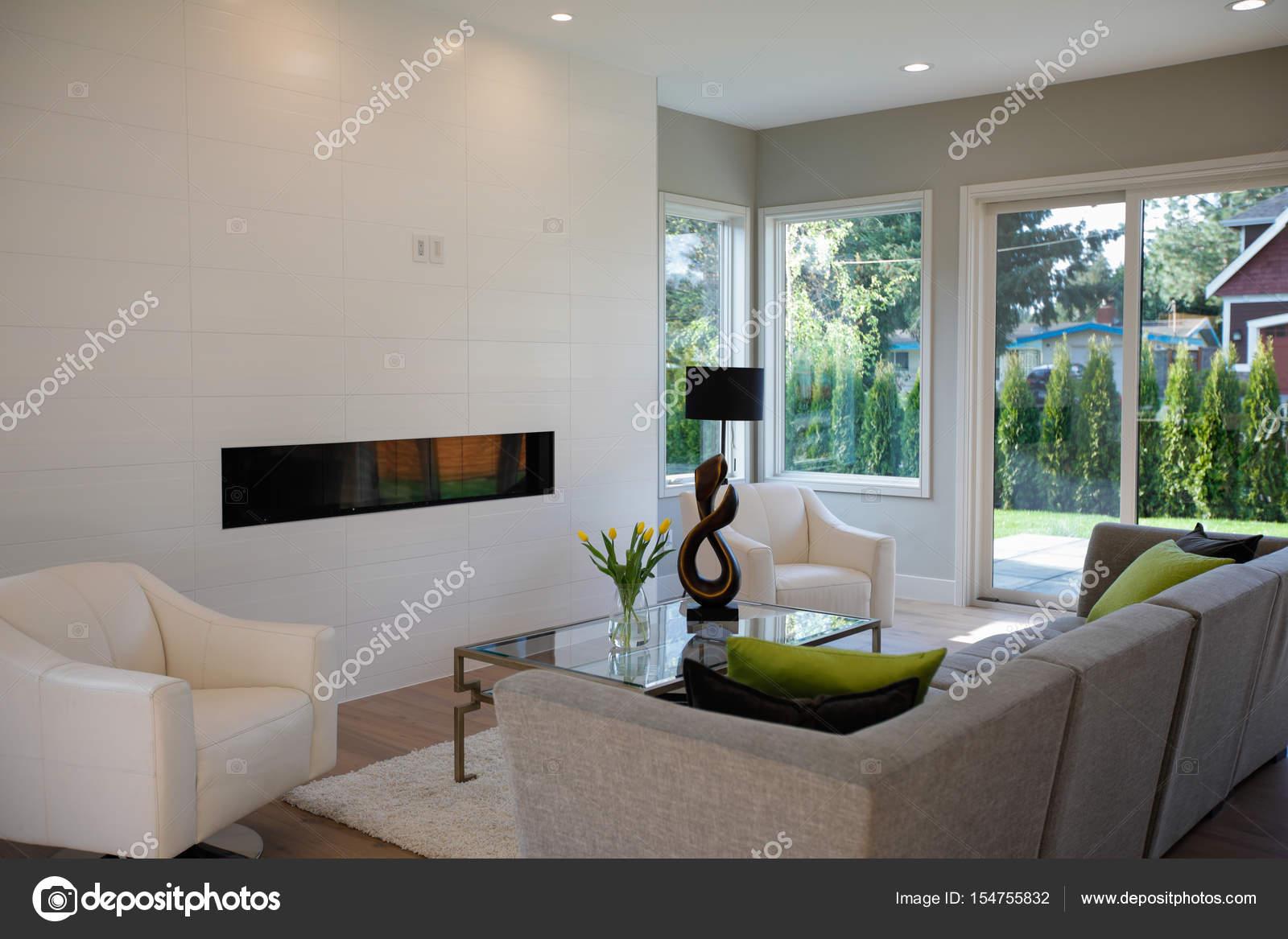 depositphotos_154755832-stockafbeelding-hedendaagse-stijl-woonkamer