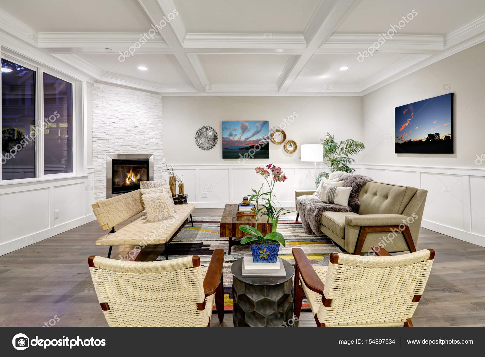 Lovely Craftsman Style Living Room With Coffered Cealing U2014 Stock Photo