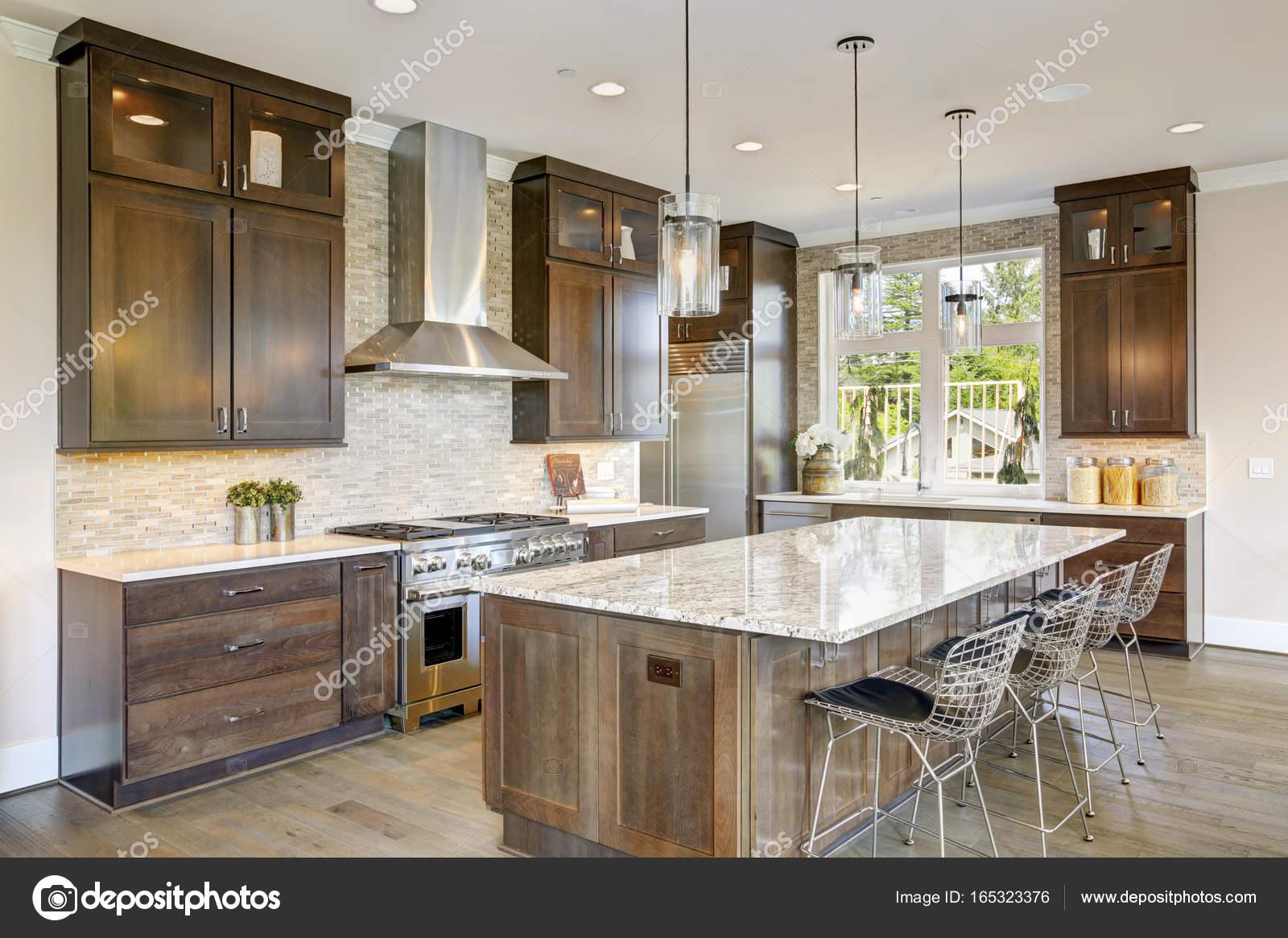Cozinha De Luxo Em Uma Constru O Nova Em Casa Stock Photo