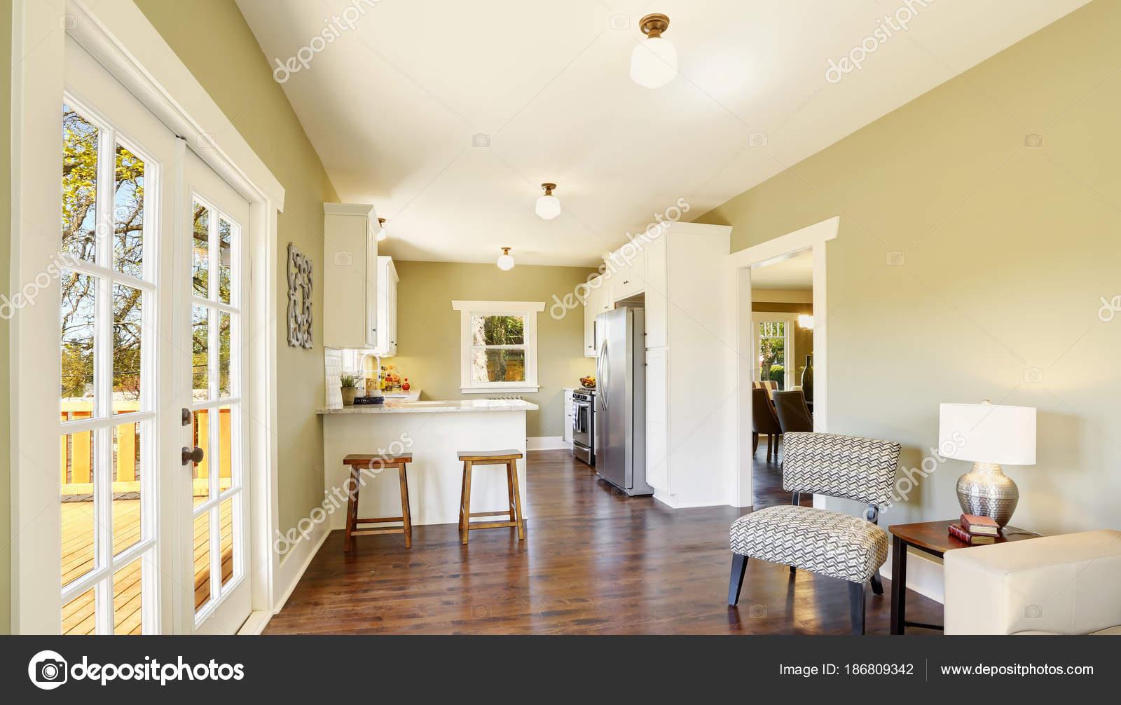 Freshly updated craftsman home interior — Stock Photo © iriana88w ...