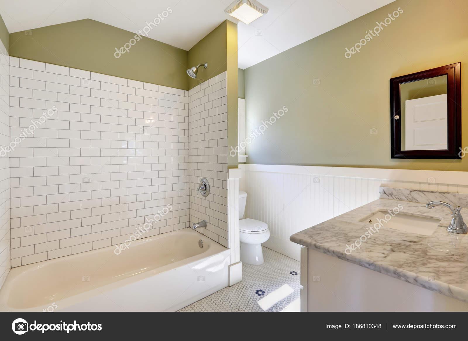 Vanité de marbré de logiciel salle de bain blanc et vert ...