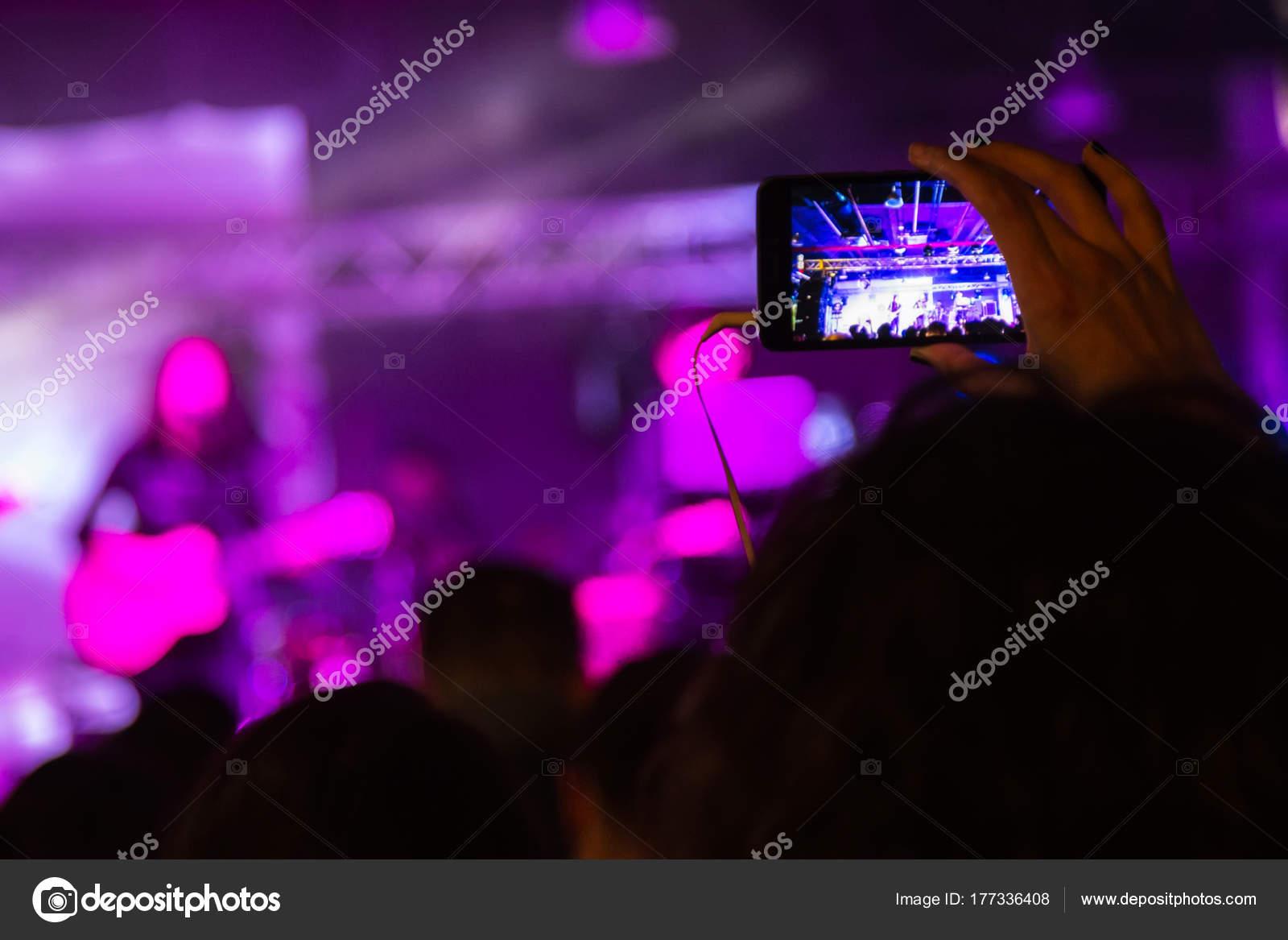 советы фотографу при съемке на концерте наверх узкой