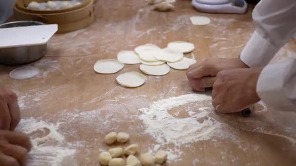 Домашние пельмени своими руками: пошаговый рецепт - KitchenMag 50