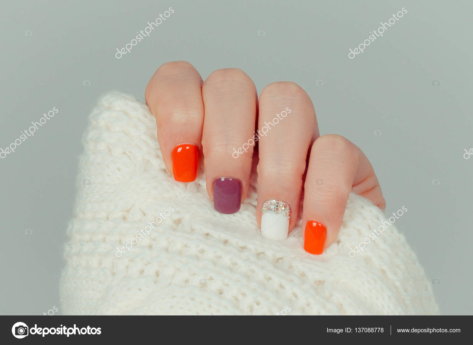 Mooie Gekleurde Pastel Kleuren Nagellak Op Hand Close Up Nail Art