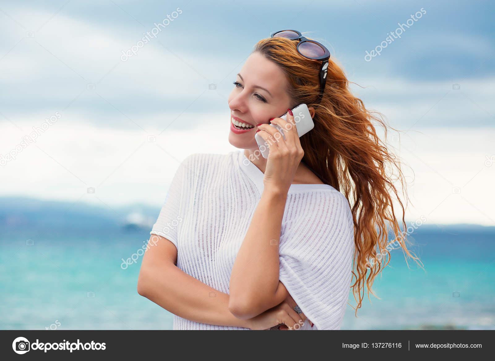 Гифка женщина телефон гиф картинка, скачать анимированный gif на gifer.