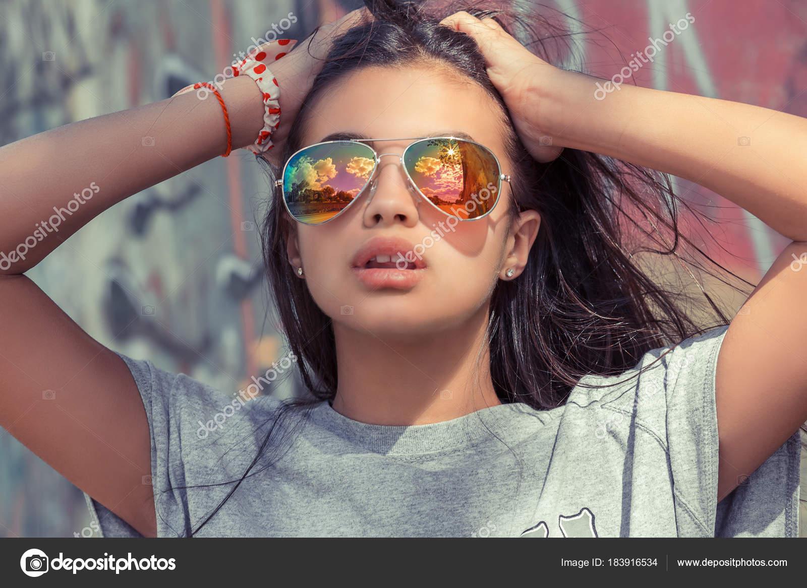 Девушки в очках для зрения брюнетки фото, всего