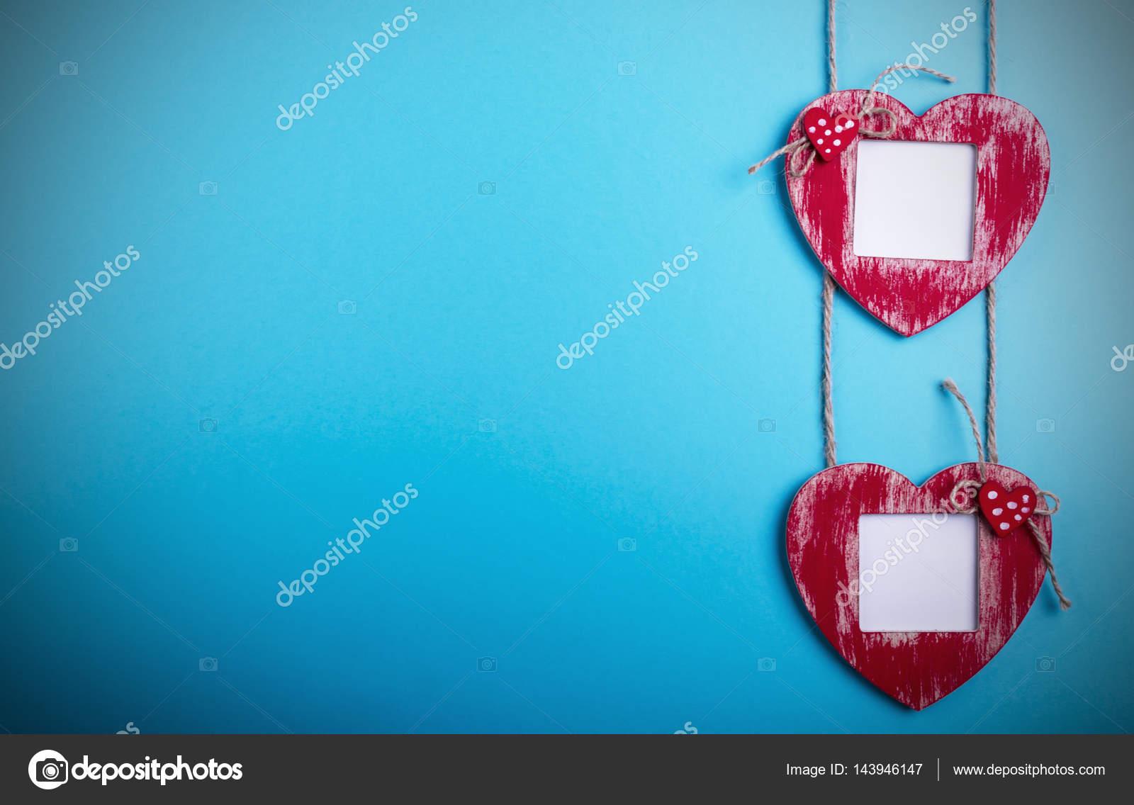 Plantilla de tarjeta de amor con corazón de marco de foto en blanco ...