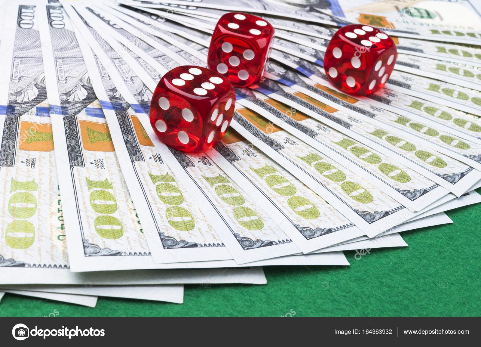 как вывести деньги из игры в покер