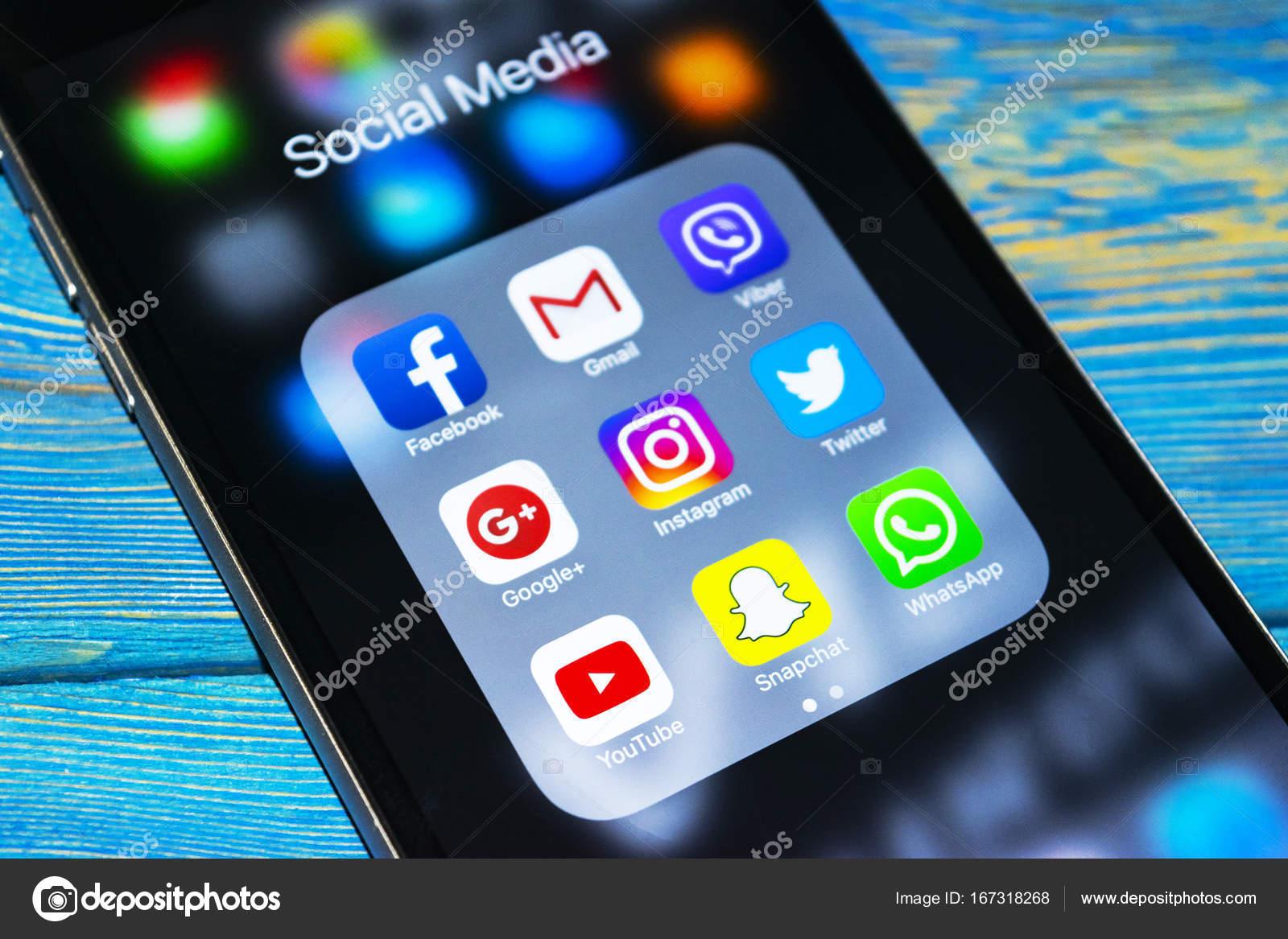 Iphone social