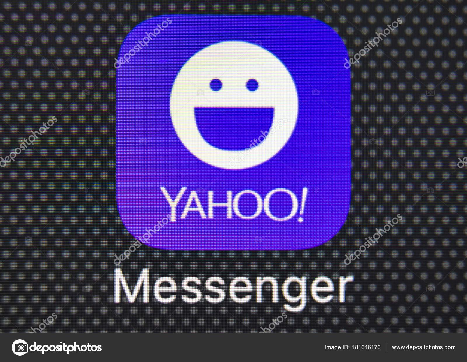 Yahoo messenger application icon on Apple iPhone 8