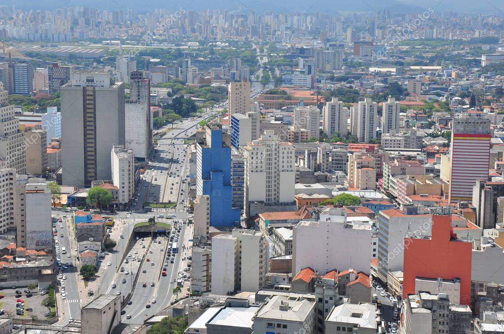 0939f444fa Uitzicht op de skyline van de Sao Paulo uit het Banespa-gebouw