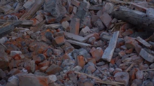 Leerstehendes altes Gebäude zerstört