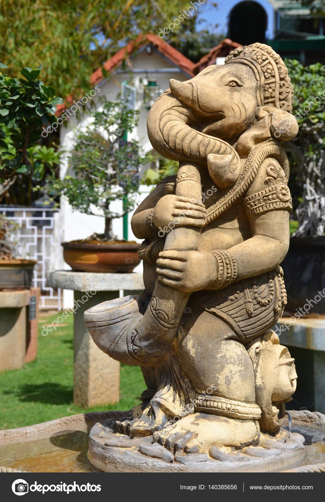 Asian garden statue Stock Photo arevhamb 140385656