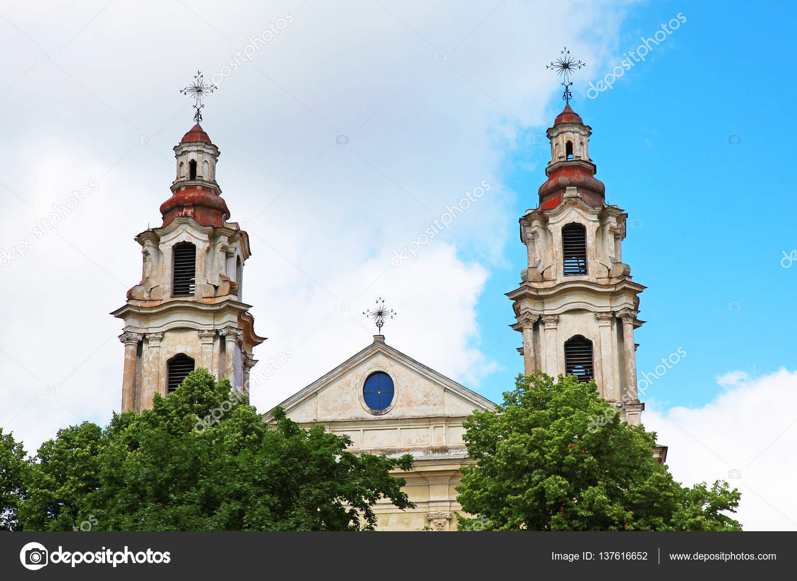 9ba1e52b3cc Καθολικός ναός του Αγίου Ραφαήλ, Βίλνιους Λιθουανίας — Φωτογραφία ...
