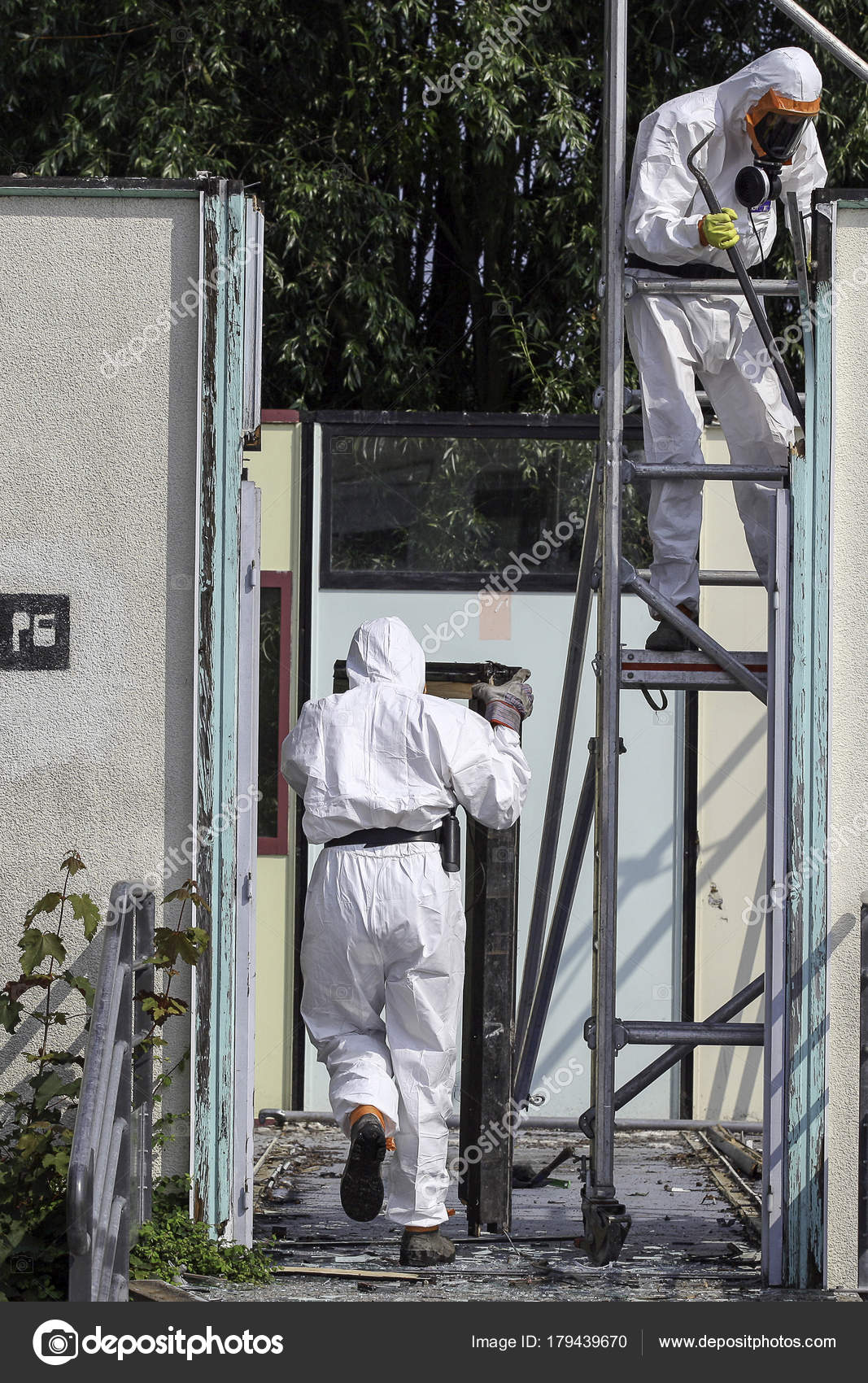 Asbestos removal — Stock Photo © I-D-N #179439670