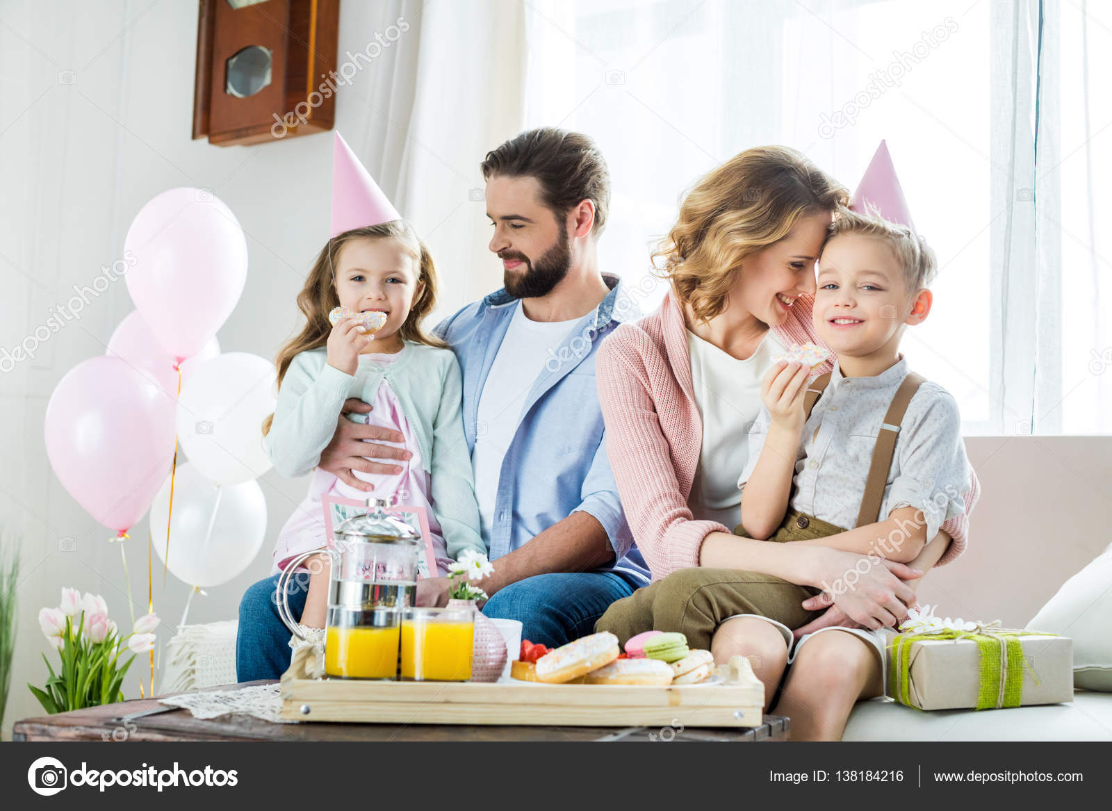 Happy family at Mothers day — Stock Photo ...