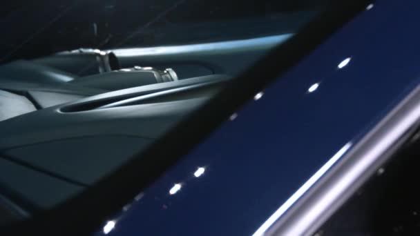 Řídicí panel luxusní auto. Řídicí panel ferrari viděl tvoří extern auto