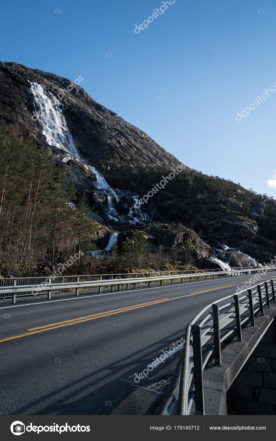 Roads in norway stock photo genlock1 179145712 roads in norway stock photo publicscrutiny Images