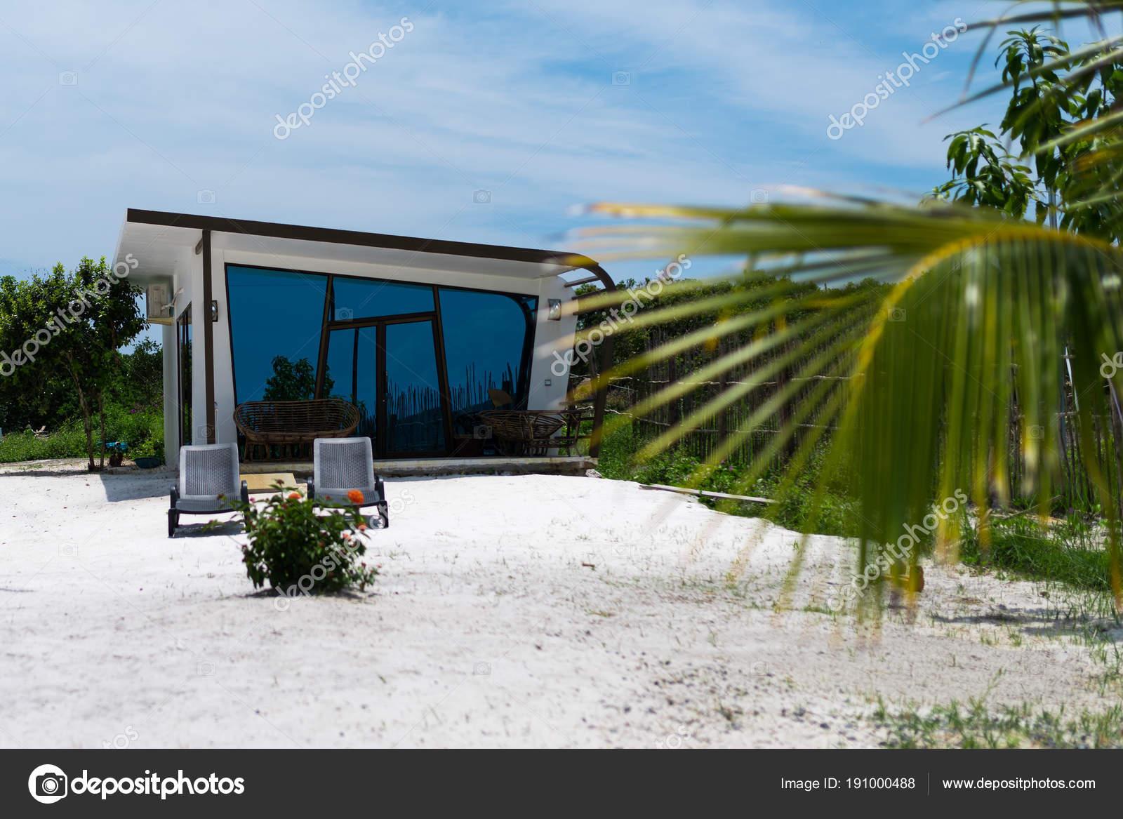 Fabelhaft Moderne Bungalows Beste Wahl Beau Bungalow De Béton Blanc Avec Windows