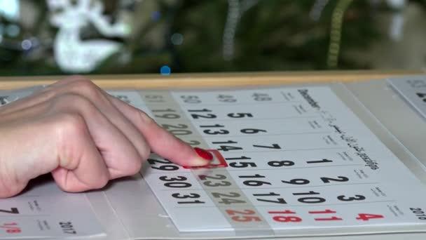 prst, tlačení papíru kalendáře značky do vánočních svátků
