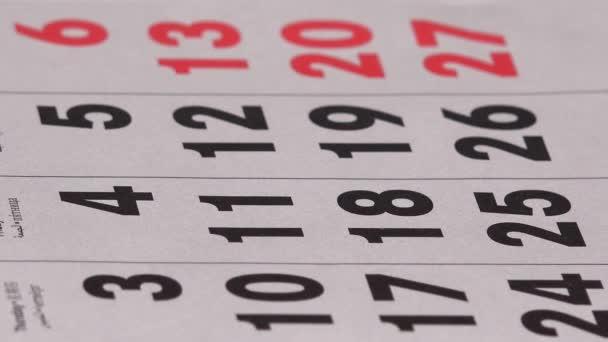 Zelená značka kruh dva dny v kalendáři. Plánování obchodní jednání