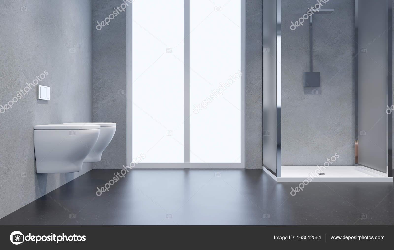 Interno del bagno moderno con doccia in vetro porta for Bagno moderno doccia