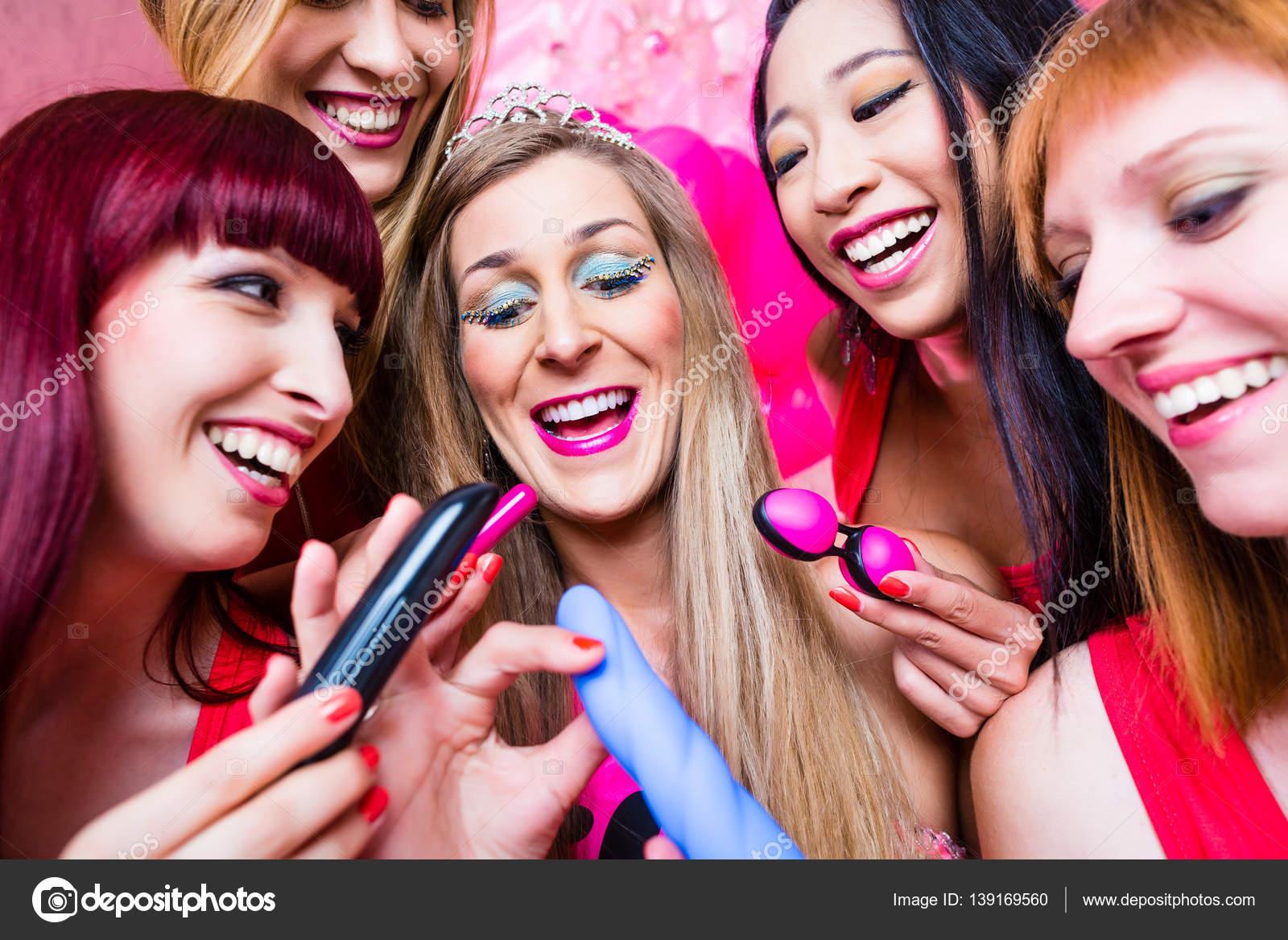 bachelorette-sex-toy-party