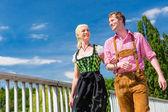 Fotografie Paar besuchen bayerischen fair Spaß
