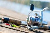 Fotografie rybářský prut na molo