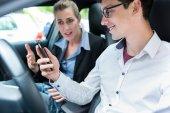 Fotografie Autoškoly se studentem v autě