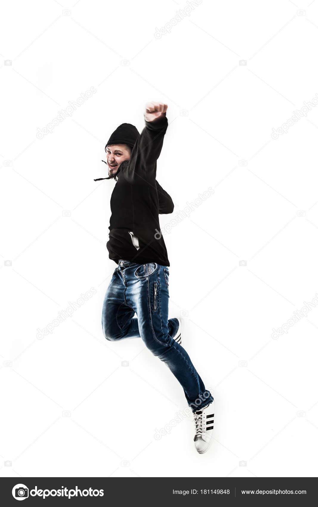 8e79da2d4bb52 Hombre enérgico y carismático rapero bailes break dance.the foto tiene un  espacio vacío para el texto - que ropa usar para bailar break dance — Foto  de ...