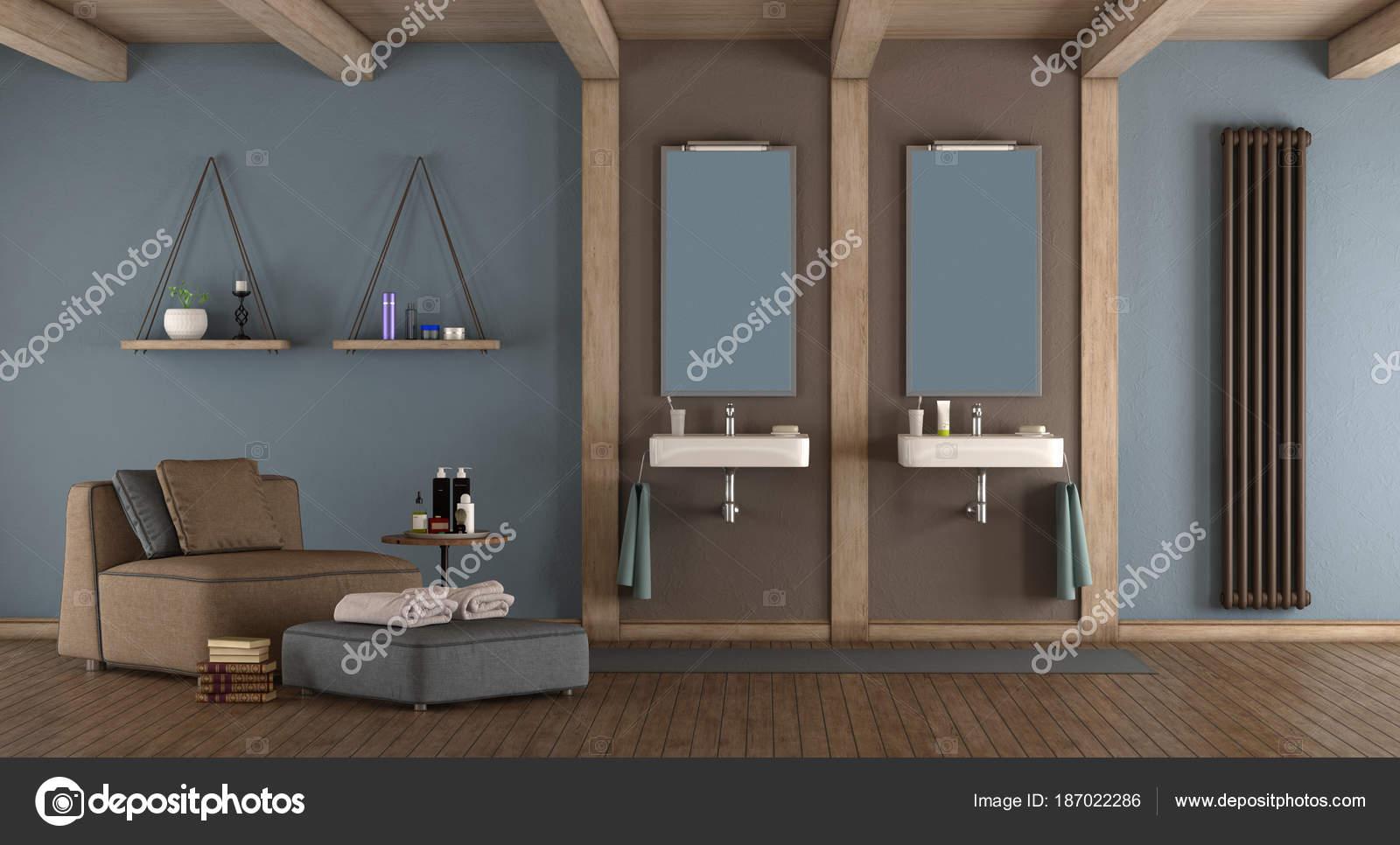 Salle de bains moderne bleu et marron — Photographie ...