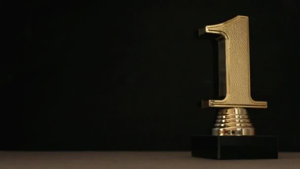 Első helyezés arany trófea díjat a fekete