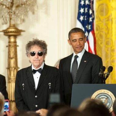 Singer Bob Dylan and President Barack Obama