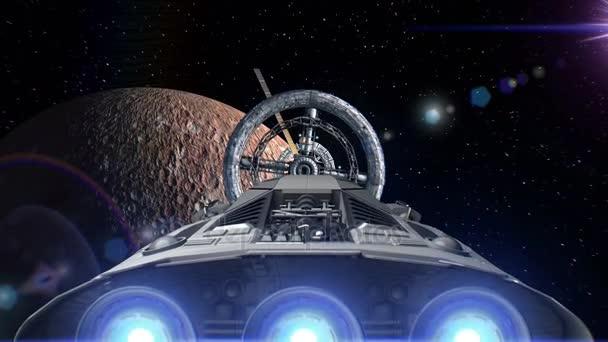 Kosmická loď s pulsate motory létání do vesmírné stanice dveře na pozadí rtuti, 3d animaci. Povrch planety byl vytvořen v grafickém editoru bez fotografií a jiných obrázků