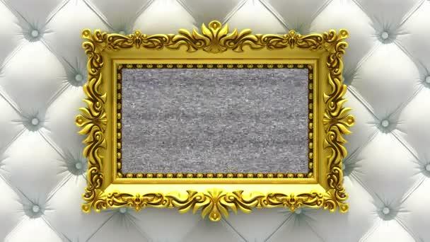 weiße Luxus-Polster auf dem Hintergrund. Fernsehgeräusch und grüne Chroma-Taste spielen auf der Leinwand im verzierten goldenen Bilderrahmen. 3D animiertes Intro.