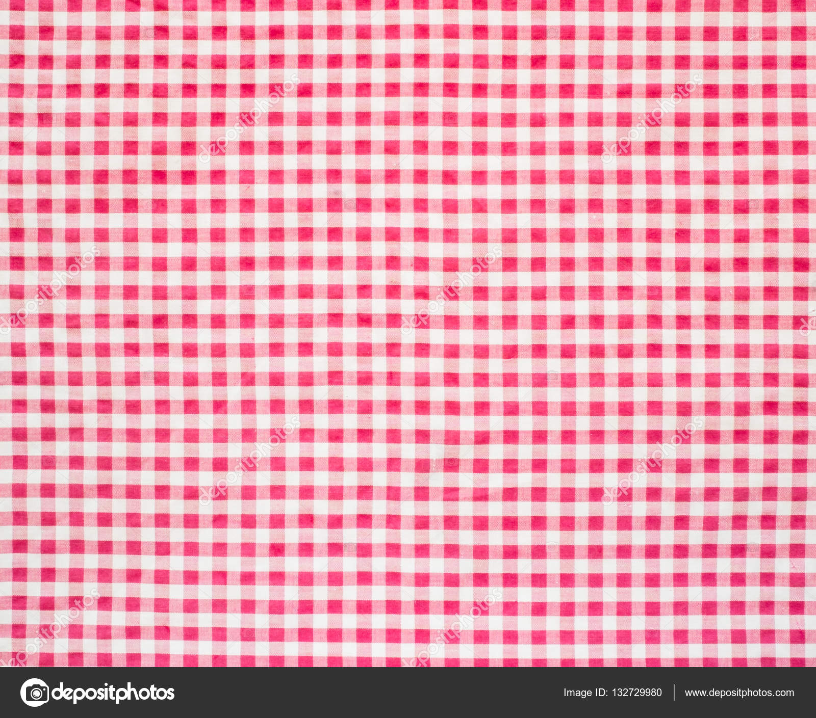 Marvelous Red And White Gingham Tablecloth U2014 Stock Photo