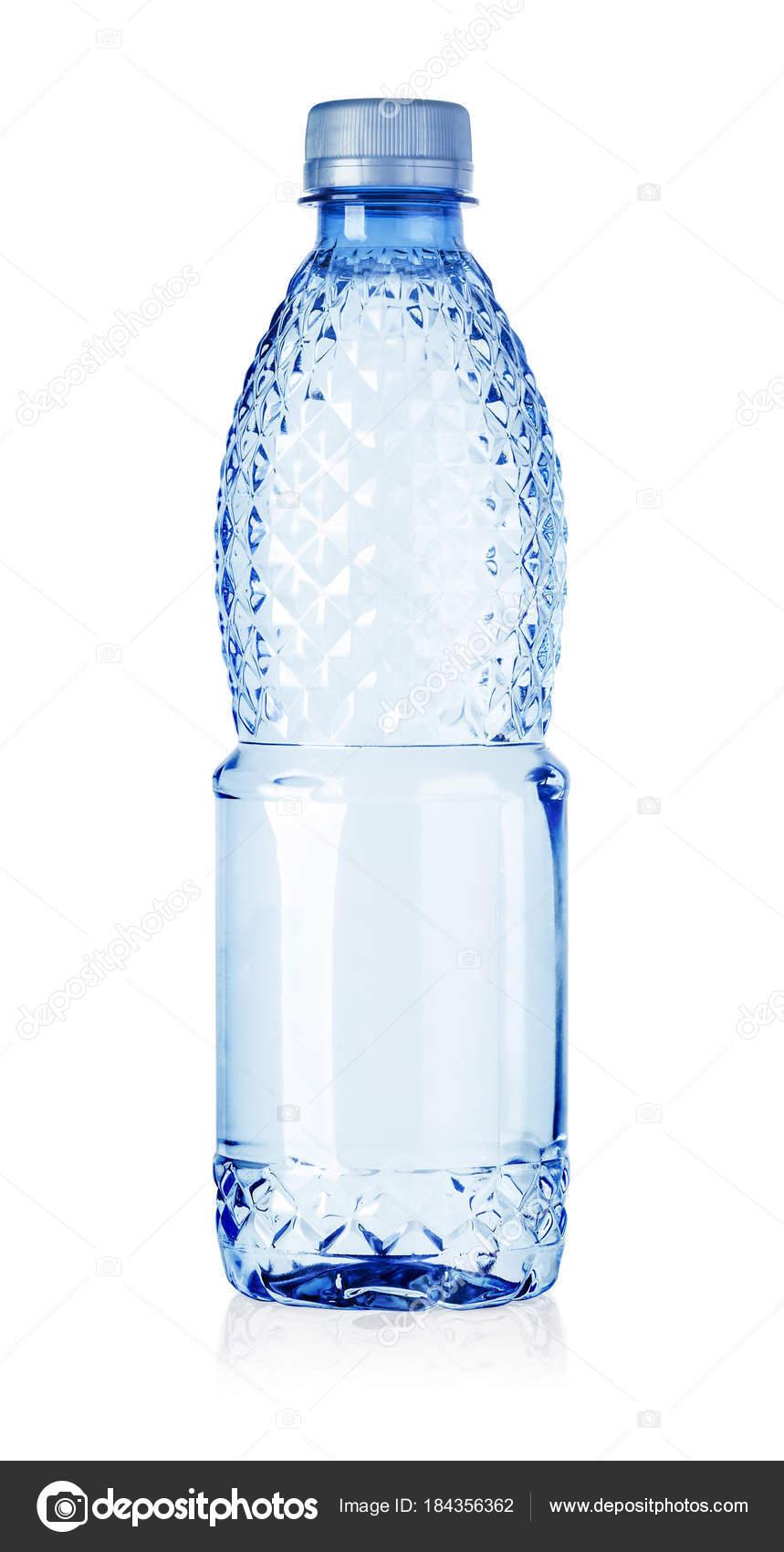 Пластиковая бутылка воды изолирована — Стоковое фото ...