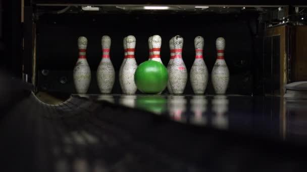 Strike bowling zblízka