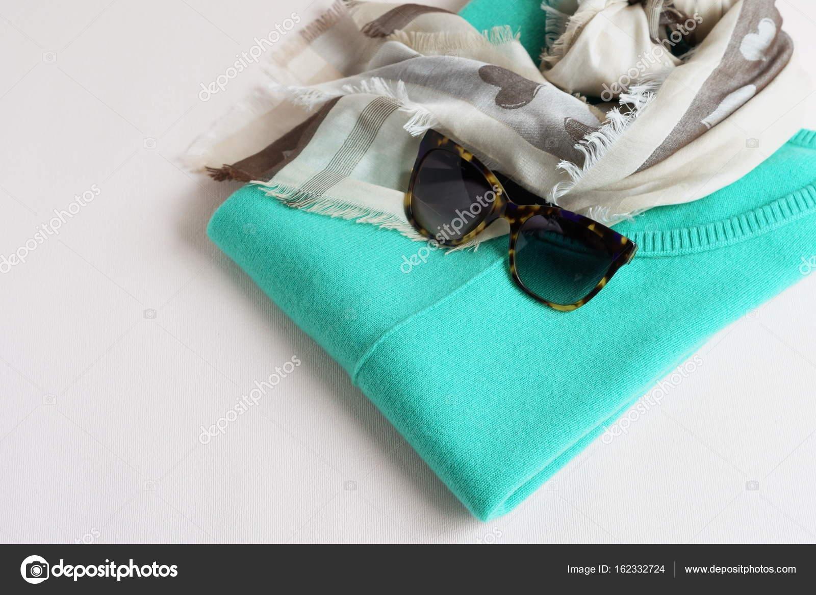 Luxusní kašmírový svetr mint barva ca477606c0