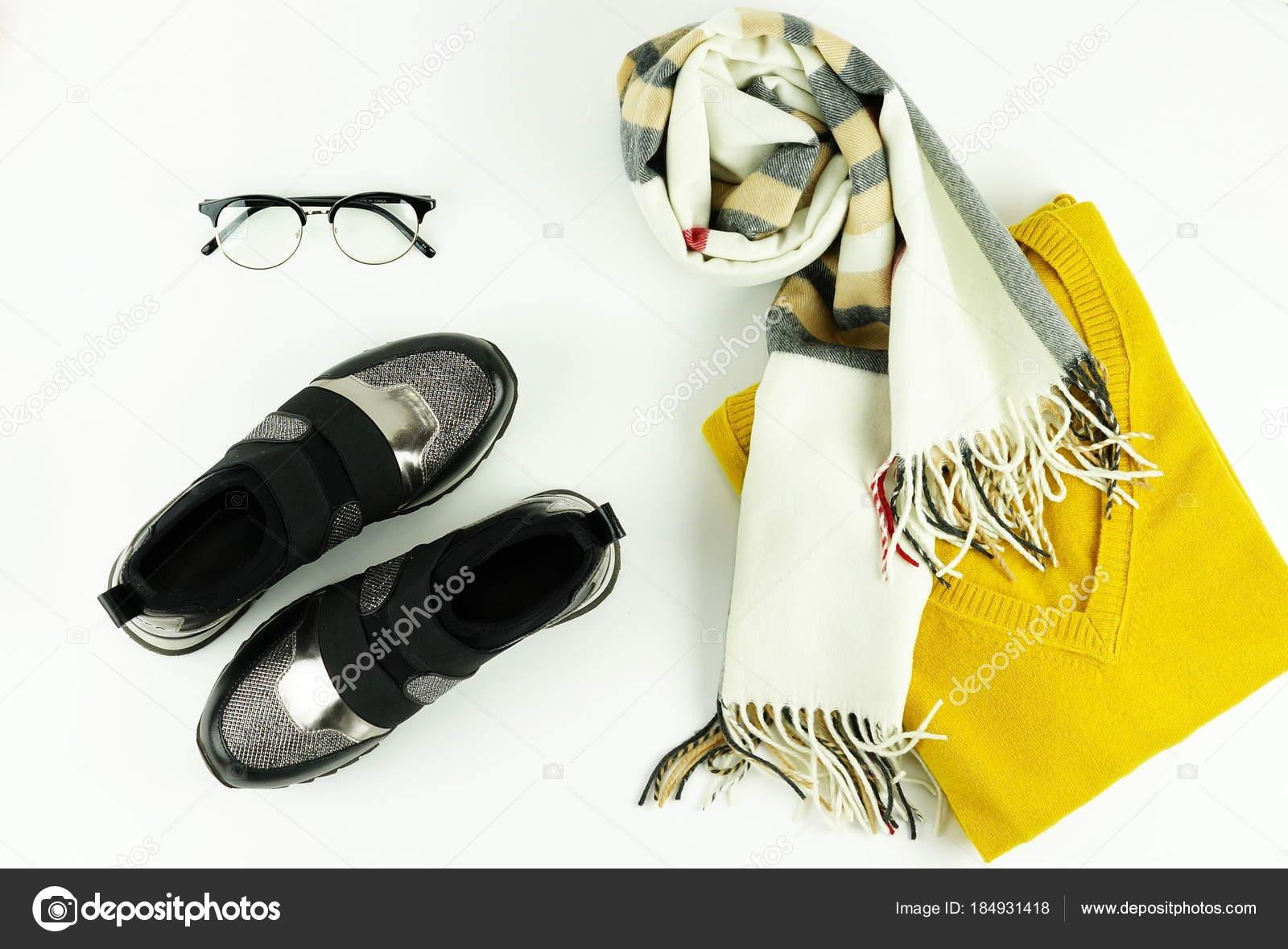 Kleding Schoenen.Modieuze Kleding Schoenen Accessoires Cashmere Gele Trui Sjaal