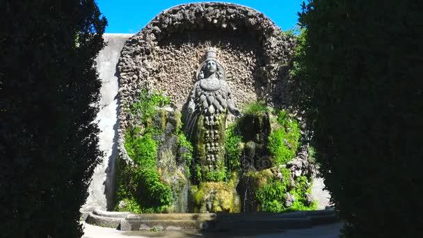 Fontaine De Diane D Ephese Dans La Basse Jardin De Villa D Este A Tivoli Italie