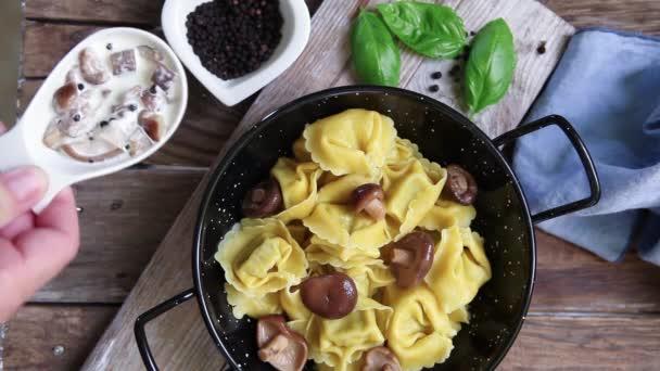Italské těstoviny zálivka