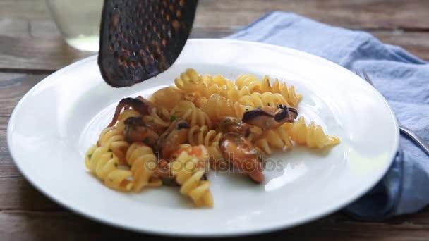 Seafood italian pasta style