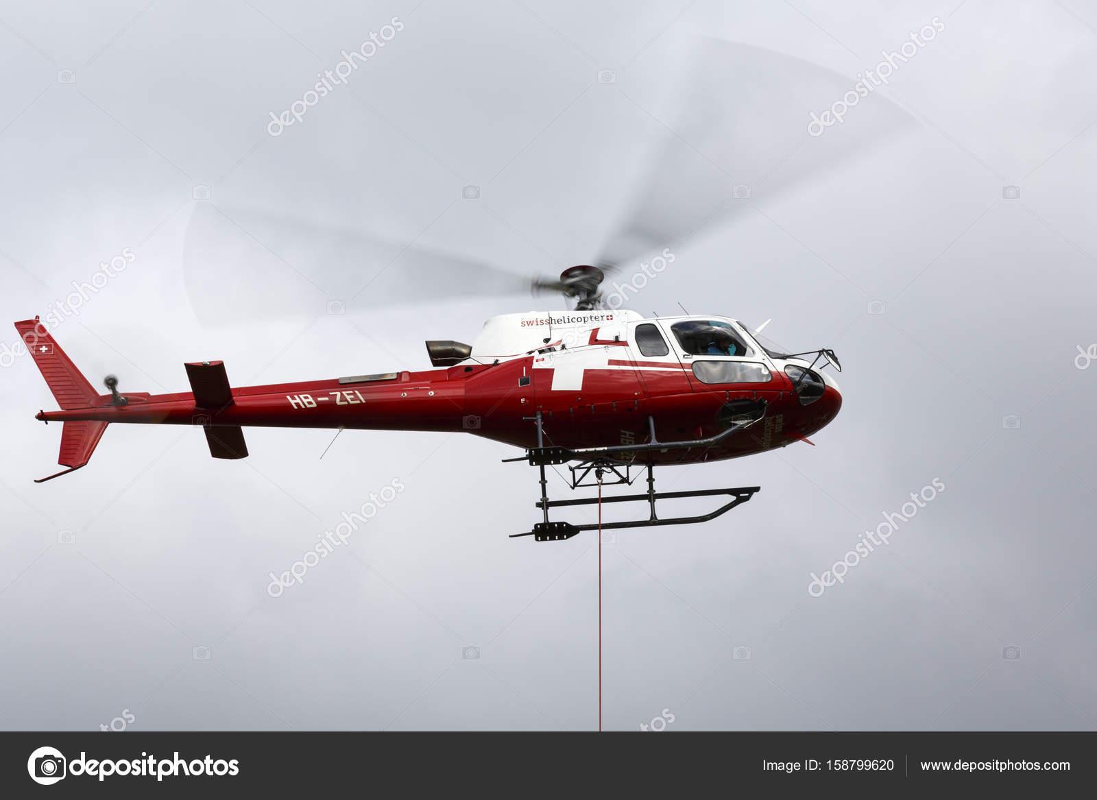 Elicottero B3 : La compagnia aerea swiss elicottero eurocopter u foto editoriale