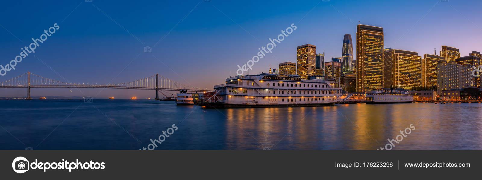San Francisco Belle und der Innenstadt zu Weihnachten von hölzernen ...