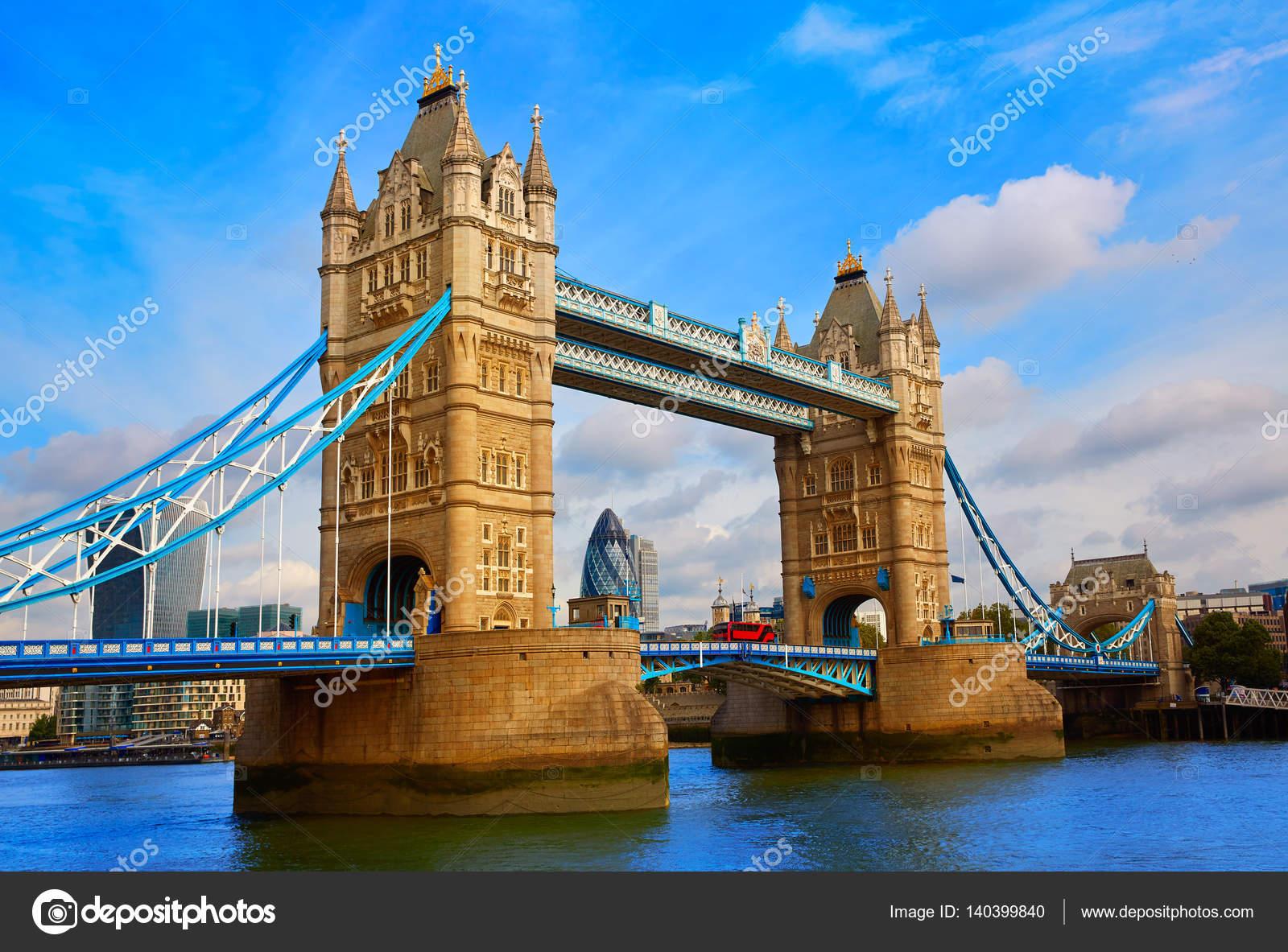 El Rio Tamesis En Ingles Atardecer De London Tower Bridge En El